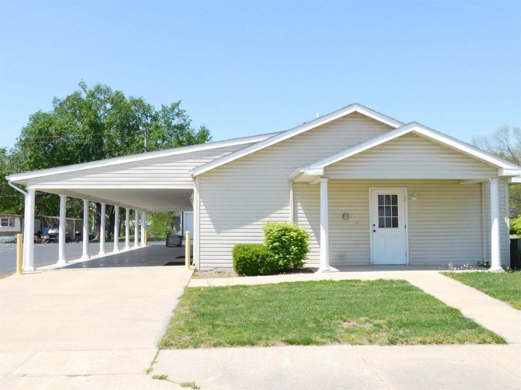 344 N. Cedar, Moran, KS 66755